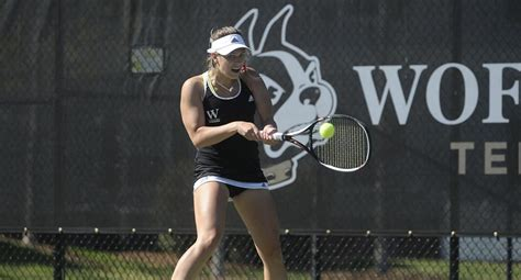 Women's Tennis Plays Samford Tough in Defeat - Wofford