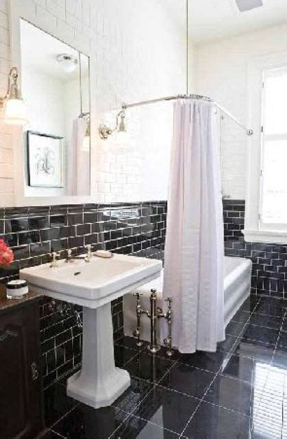 THIS OR THAT: THE BLACK & WHITE BATHROOM!   COCOCOZY