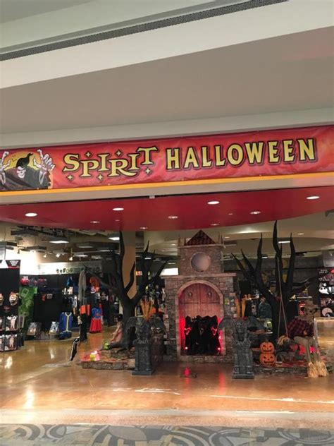 Halloween store opens at Westminster Mall – Orange County