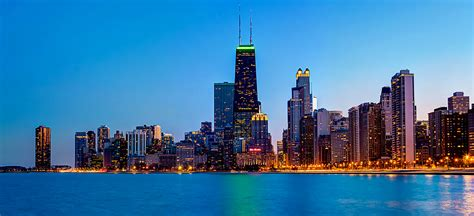 Chicago Skyline From North Beach   With St