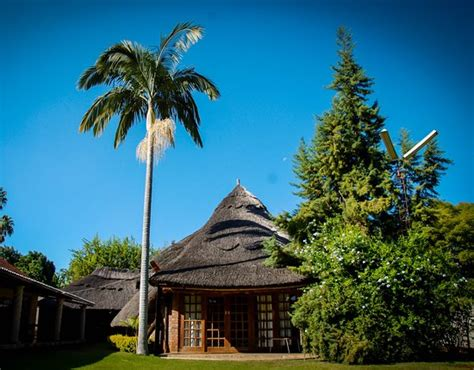 DEMA VILLA GUEST LODGE AND B&B - Prices & Guest house