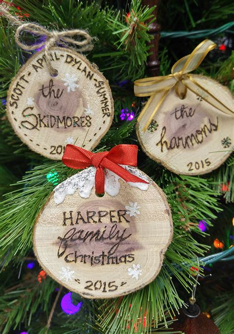 Quick & Easy Personalized Wood Slice Ornaments