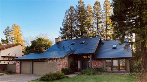 Tesla Solar Roof Is Going Global Later This Year: Elon