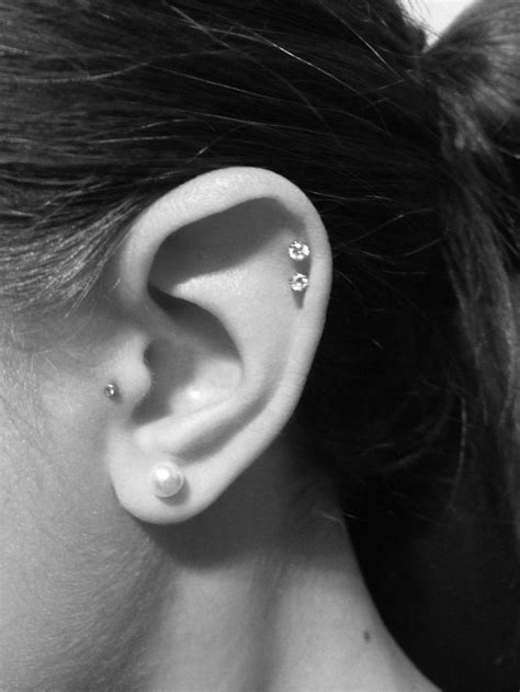 Double cartilage piercing Aftercare, Complications