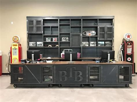 Vintage Industrial Retail Shelf and Counter – Vintage