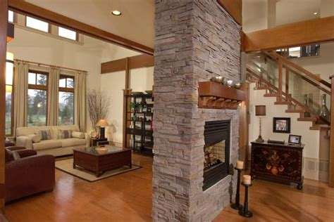 Neutral Living Room With Wood Accents, Free-Standing